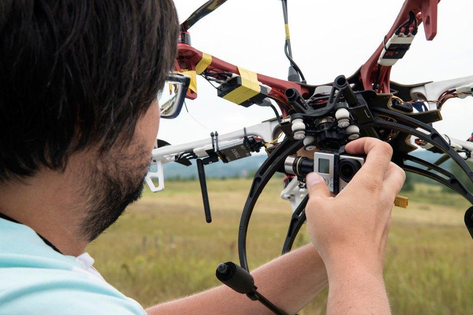 Как украинцы из Drone.UA собирают беспилотники. Изображение № 7.