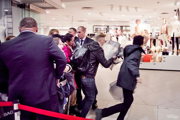 Вклад в МММ: Начало продаж коллекции Maison Martin Margiela x H&M. Изображение № 48.