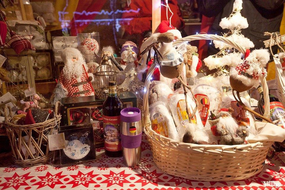 Люди в городе: Продавцы рождественской ярмарки на Островского. Изображение № 29.