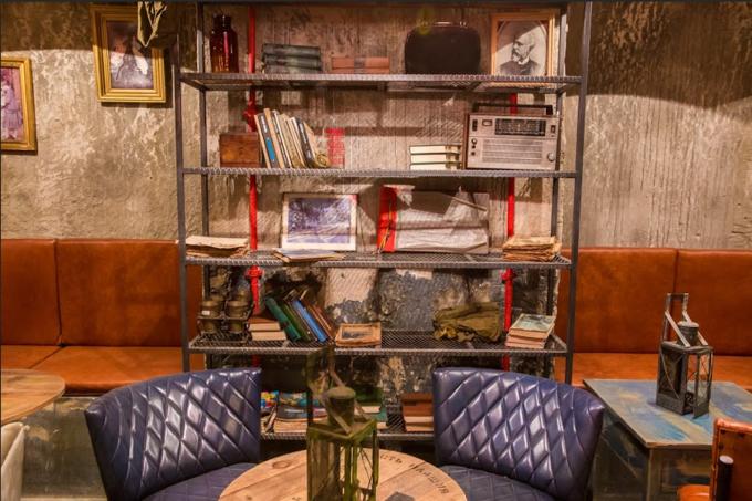 В бывшем бомбоубежище открывается бар «Kot шрёdiнгера». Изображение № 3.