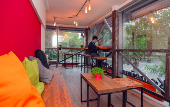 На улице Петра Романова открылась семейная кофейня Point 242. Изображение № 2.