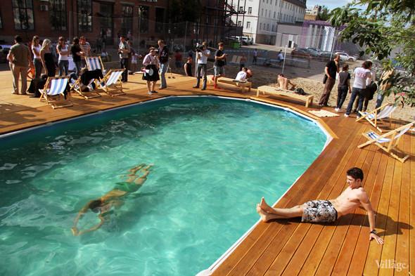 На «Флаконе» появился бассейн и пляж. Изображение № 5.