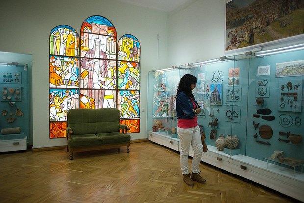 Испанский немецкий: Культурные центры Киева. Изображение № 46.