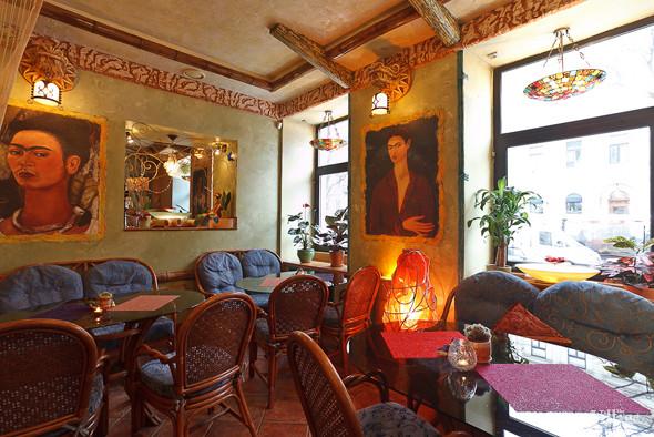 Новое место (Петербург): Вегетарианская кофейня «Фрида». Изображение № 23.