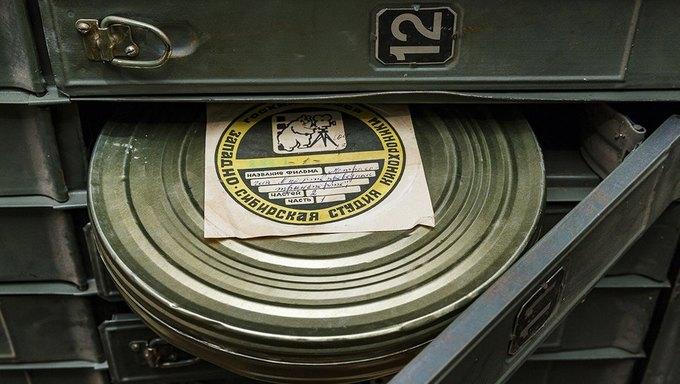 Впавильонах ВДНХ отыскали забытые архивные кинопленки