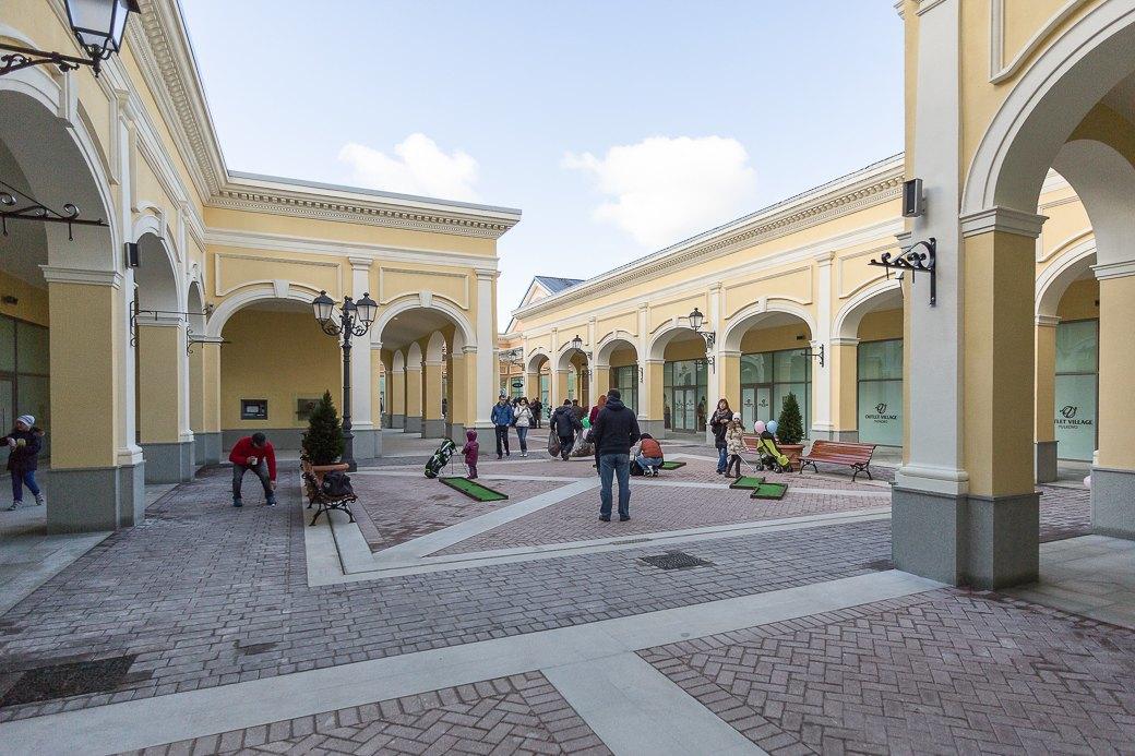 Как выглядит новый аутлет-центр наПулковском шоссе. Изображение № 10.