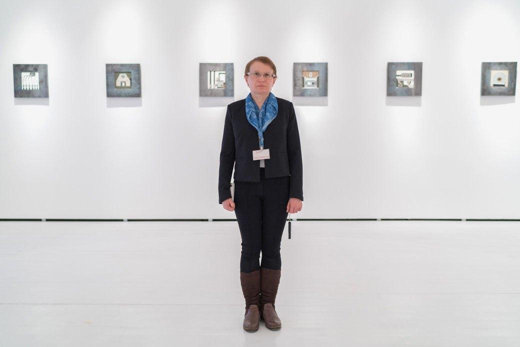 Смотрительницы Музея современного искусства — о своём отношении к экспонатам. Изображение № 5.