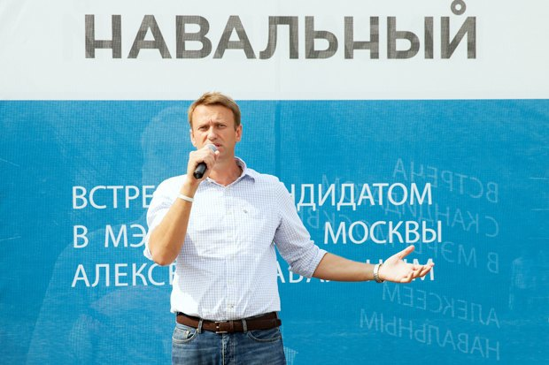 Падение рубля, домашний арест Навального и пресс-конференция Путина о ситуации на Украине. Изображение № 3.