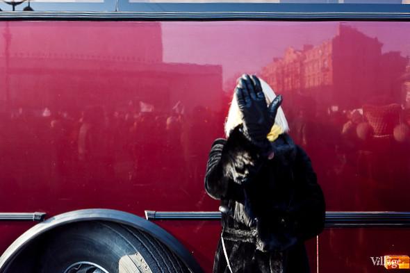 Фоторепортаж: Митинг в поддержку Путина в Петербурге. Изображение № 29.