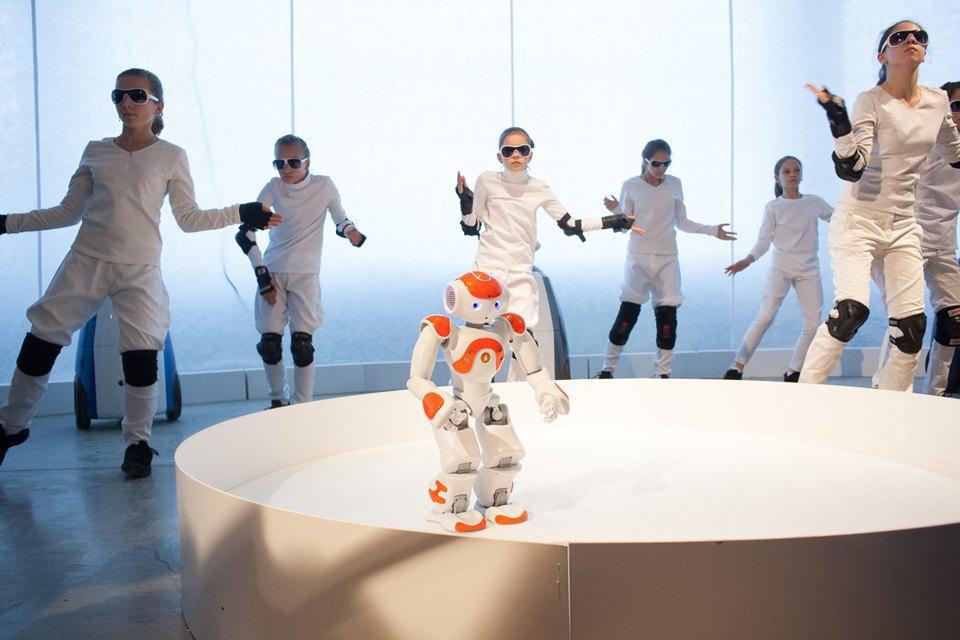 Как выглядит «Бал роботов» наArtplay. Изображение № 35.