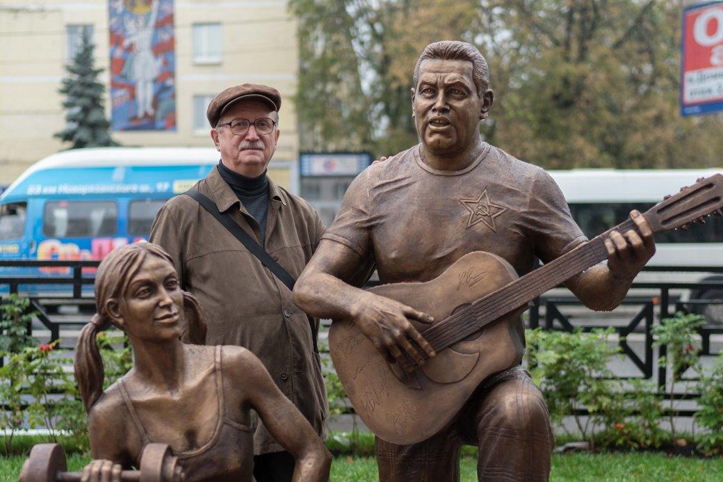 «Какая разница — Ленин или Расторгуев?»: Люберчане опамятнике группе «Любэ». Изображение № 5.