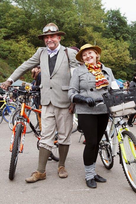 Твид выходного дня: Участники ретрокруиза — о своей одежде и велосипедах. Изображение № 22.
