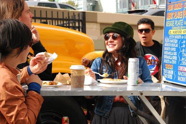 Как фестиваль фургонов с едой помогает выжить мобильным кафе в Сан-Франциско. Изображение № 8.