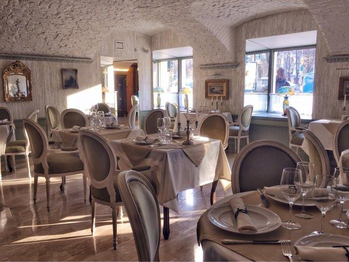 НаАдмиралтейском проспекте открылся ресторан Bruno  . Изображение № 3.