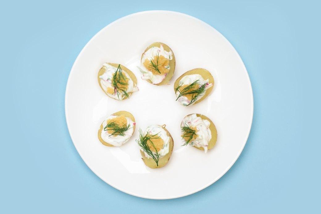 Смёрребрёд иещё пять блюд сикрой для новогоднего стола. Изображение № 15.