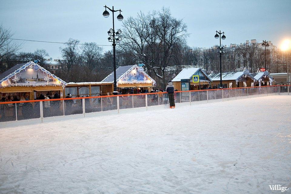 Люди в городе: Продавцы рождественской ярмарки на Островского. Изображение № 8.