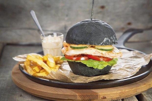 Рестораны «Охота налобстера» иZinger Grill, возобновившее работу «Море внутри», доставка «Пян-сё». Изображение № 4.