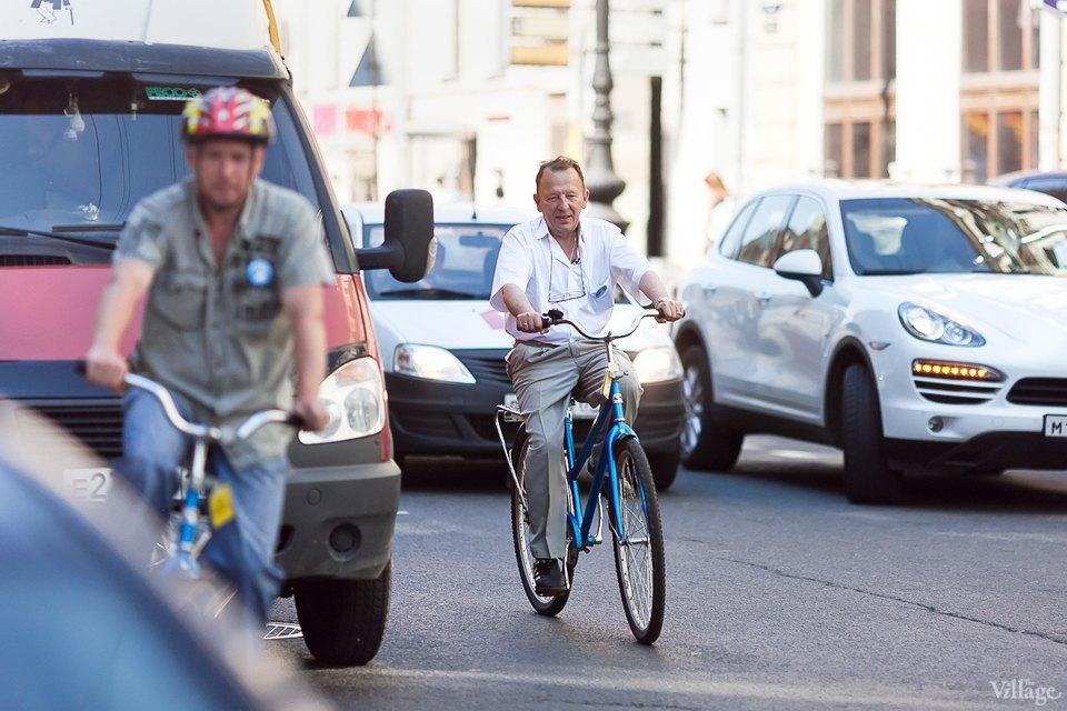 Где наши мигалки: Как петербургские депутаты пересели на велосипеды. Изображение № 8.