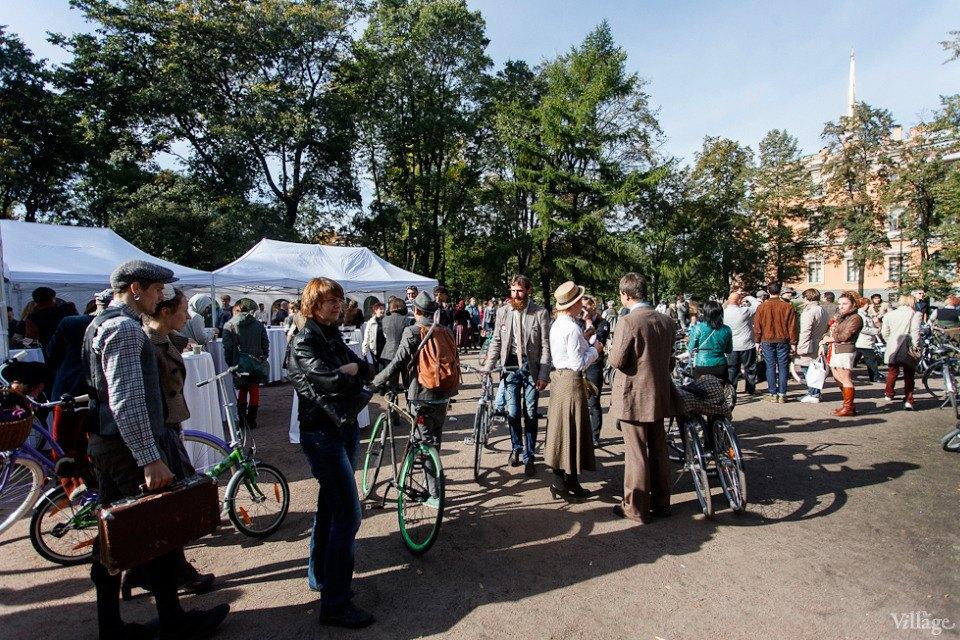 C твидом на город: участники веловояжа в Петербурге о ретро-вещах. Изображение № 22.