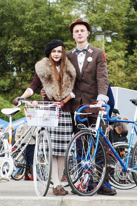 Твид выходного дня: Участники ретрокруиза — о своей одежде и велосипедах. Изображение № 16.