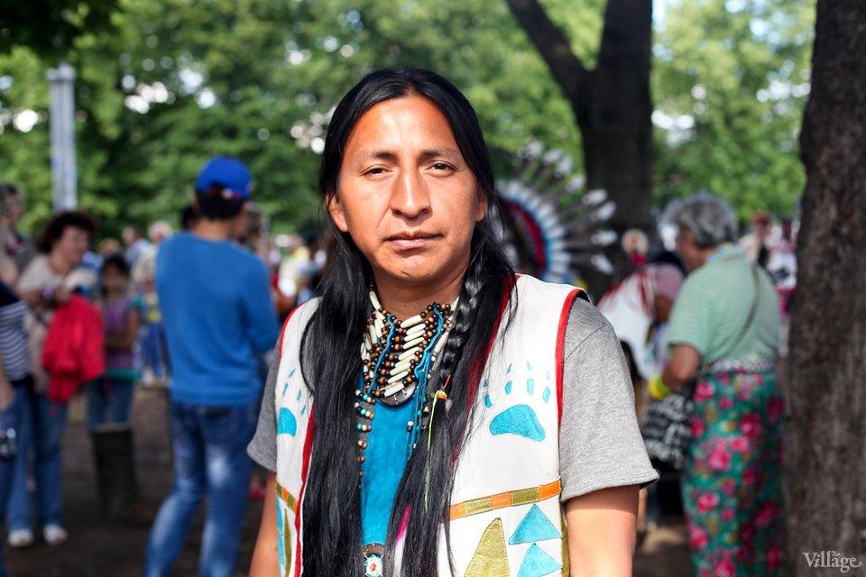 Гости столицы: Как вМоскве оказались индейские музыканты. Изображение №18.