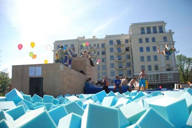 На Крестовском острове открылся экстрим-центр с батутами. Изображение № 2.