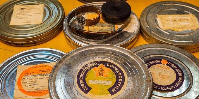 Висторических павильонах ВДНХ нашли около 100 архивных кинопленок