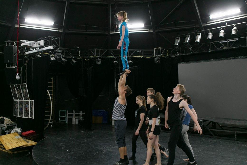 15 лет «Упсала-цирку»: Как трудные подростки становятся цирковыми артистами. Изображение № 11.