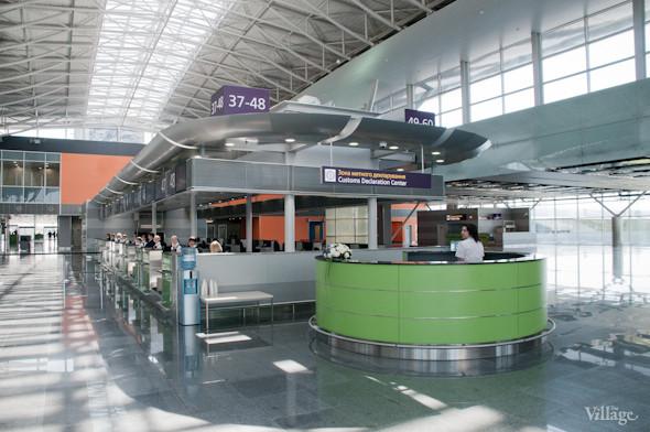 Фоторепортаж: В аэропорту Борисполь открыли самый большой на Украине терминал. Зображення № 4.