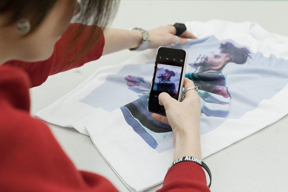 Смартфон vs. Компьютер:  Что нужнее в работе дизайнера коллажей. Изображение № 33.