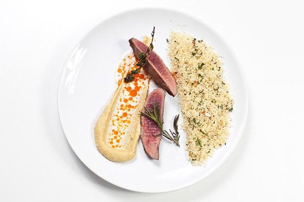 Шеф дома: Ягненок, хумус иоблепиховый десерт шефа «Стрелки». Изображение № 4.