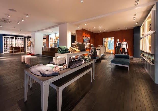 В магазине Suitsupply на «Красном Октябре» запустился сервис индивидуального пошива костюмов. Изображение № 2.