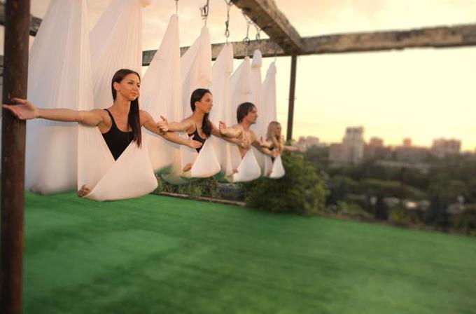 На крышах «Флакона» идома Наркомфина открываются летние фитнес-площадки. Изображение № 1.