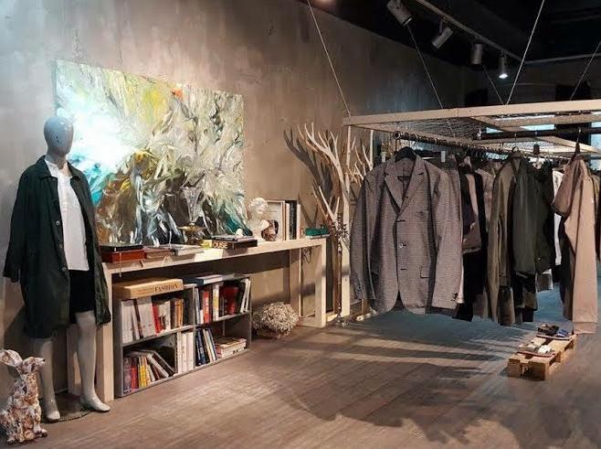Магазин одежды японских и скандинавских дизайнеров Nebo переехал на Никитский бульвар. Изображение № 2.