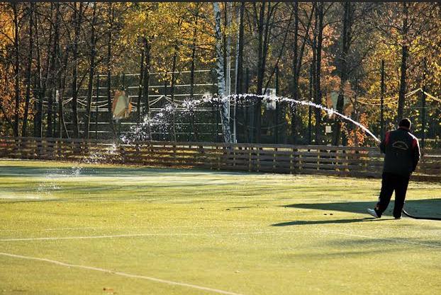 В Измайловском парке начали заливать каток. Изображение № 1.