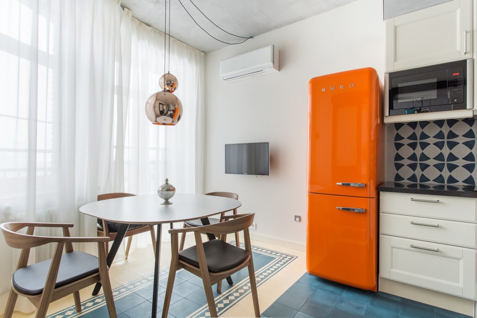 Трёхкомнатная квартира в духе модернизма на «Октябрьском поле». Изображение № 3.