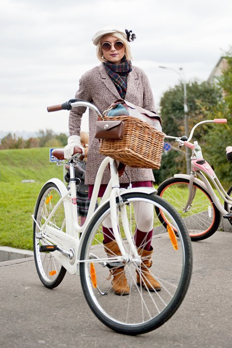 Твид выходного дня: Участники ретрокруиза — о своей одежде и велосипедах. Изображение № 12.