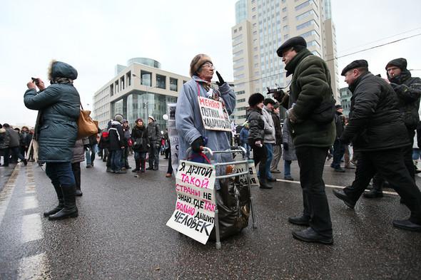 Митинг «За честные выборы» на проспекте Сахарова: Фоторепортаж, пожелания москвичей и соцопрос. Изображение № 11.