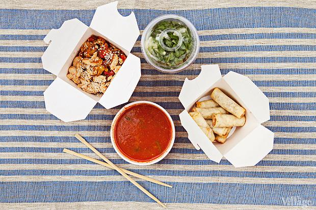 «Воккер»: томатный суп с морепродуктами, спринг-роллы, безалкогольный «Мохито» и лапша, приготовленная на воке. . Изображение № 3.