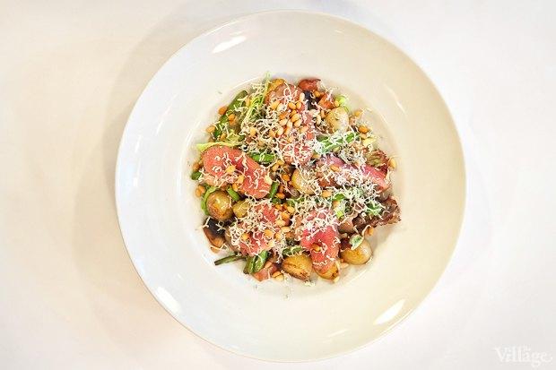 Рецепты шефов: Тёплый салат изутиной грудки магре. Изображение № 2.