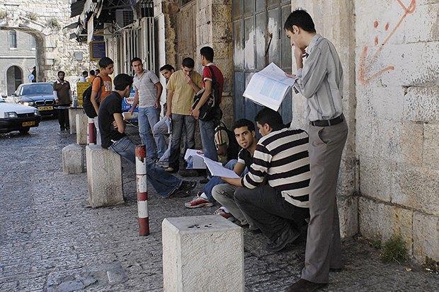Школьники Кореи, Израиля, Великобритании иИрана— об ужасах выпускных экзаменов . Изображение № 5.