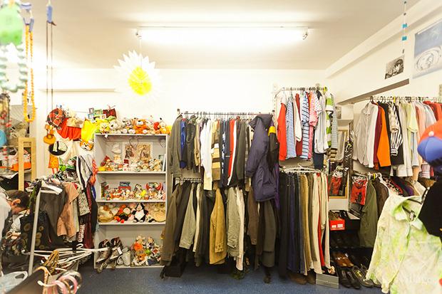 Гид по секонд-хендам и винтажным магазинам: 11 мест в Петербурге. Изображение № 76.