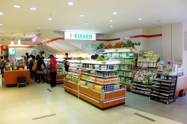 Итоги недели: Магазины 7-Eleven, закрытие рынка в «Цветном» и кафе The Burger Brothers . Изображение № 1.