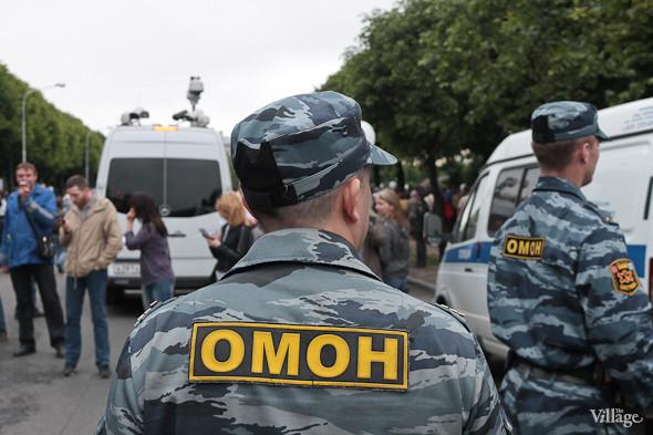 Фоторепортаж (Петербург): Митинг и шествие оппозиции в День России . Изображение № 7.