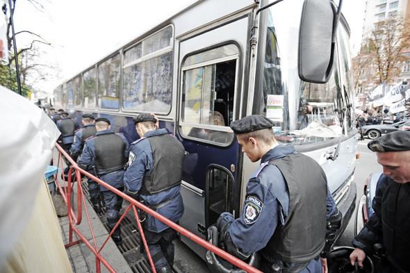 Copwatch: Действия милиции на Крещатике в день оглашения приговора Юлии Тимошенко. Зображення № 4.