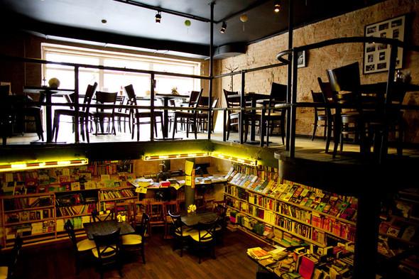 После прочтения съесть: 5 кафе при магазинах. Изображение №25.