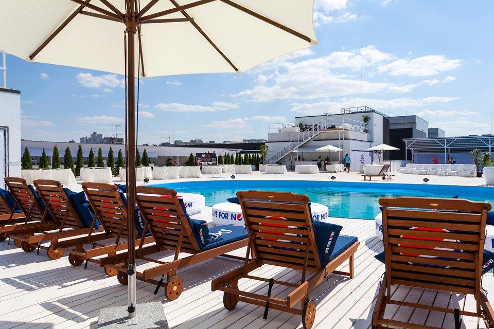 Фоторепортаж: Пляжный клуб на крыше Ocean Plaza . Зображення № 7.