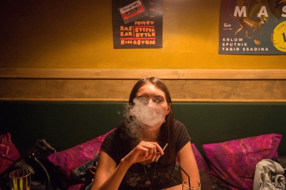 Последний день курения в клубах, ресторанах ибарах. Изображение № 6.