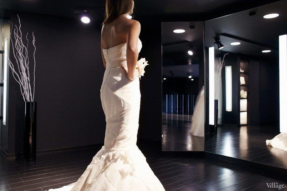 Любо-дорого: Невесты о свадебныхплатьях. Изображение № 3.