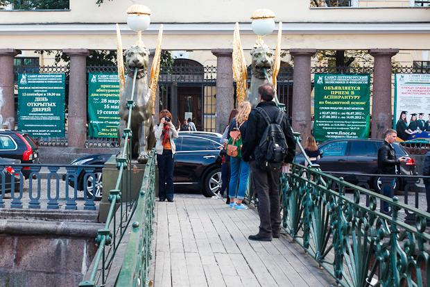 Эксперимент The Village: Самые популярные места для фотографий из Петербурга. Изображение № 11.